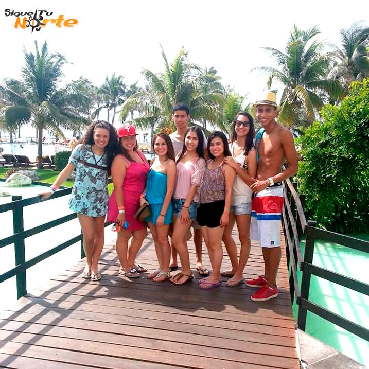 http://www.viajesestudiantiles.com/site/images/servicios/grupos_photobox_cun/2.jpg