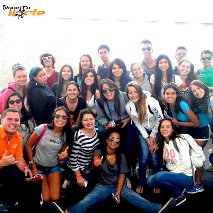 http://www.viajesestudiantiles.com/site/images/servicios/grupos_photobox_cun/8.jpg