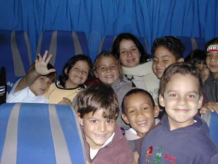http://www.viajesestudiantiles.com/site/images/servicios/photobox-avilamagica-primaria/amp005.jpg