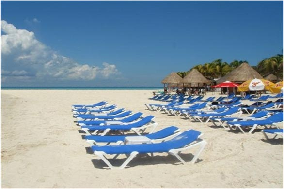 http://www.viajesestudiantiles.com/site/images/servicios/photobox-cancun/playa.jpg