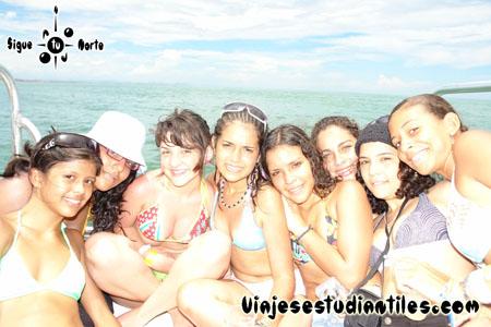 http://www.viajesestudiantiles.com/site/images/servicios/photobox-margarita-quinceaneras/OPQ08-0086.jpg
