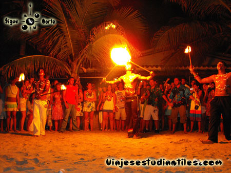http://www.viajesestudiantiles.com/site/images/servicios/photobox-margarita/OP2-1-0588.jpg