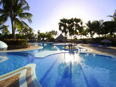 http://www.viajesestudiantiles.com/site/images/servicios/photobox-margarita/piscina.jpg