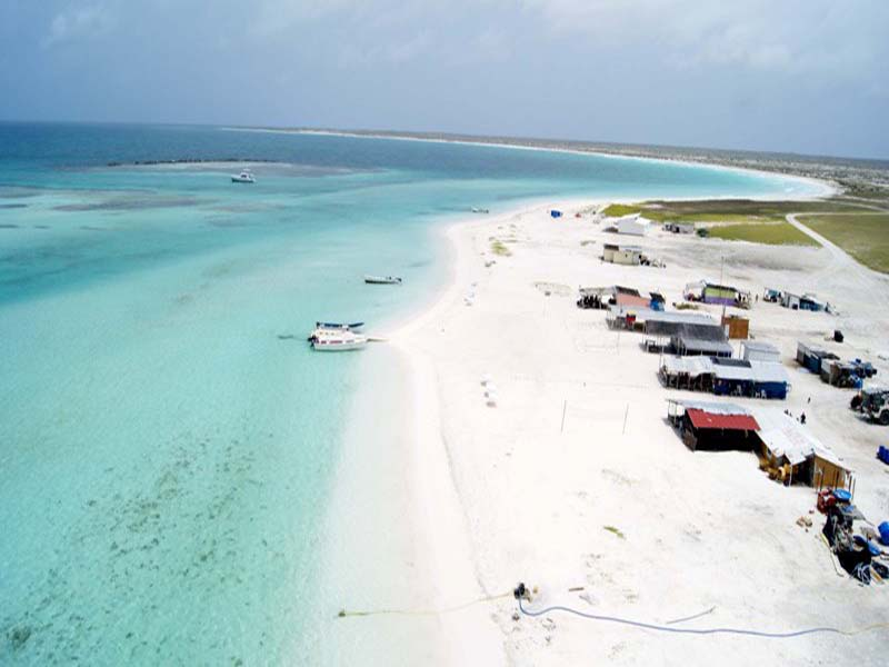 http://www.viajesestudiantiles.com/site/images/servicios/photobox-tortuga/Isla-La-Tortuga-Dependencias-Federales.-Foto-Jess-Lpez-3.jpg
