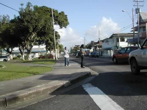http://www.viajesestudiantiles.com/site/images/servicios/photobox-trinidad/Woodbrook_Ariapita_Av_JPG.jpg
